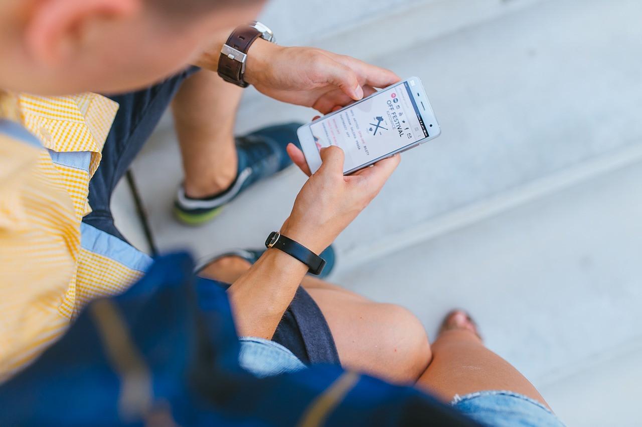 device targeting google display